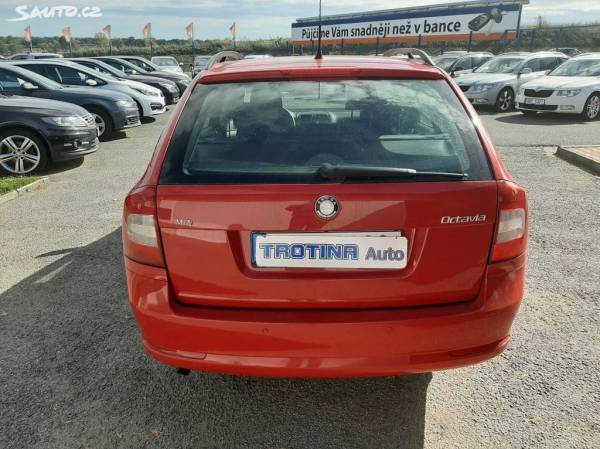 Škoda Octavia 1.6 MPi Serviska TROTINA Auto - autobazar