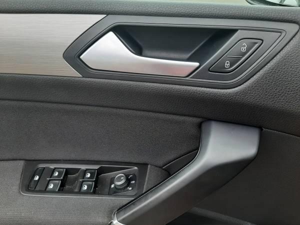 Volkswagen Touran 2.0 TDi DSG TROTINA Auto - autobazar