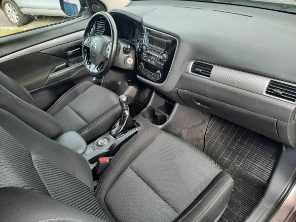 Mitsubishi Outlander 2.2 Di-D TROTINA Auto - autobazar